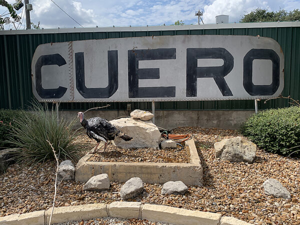 Cuero Welcome Sign with Turkey